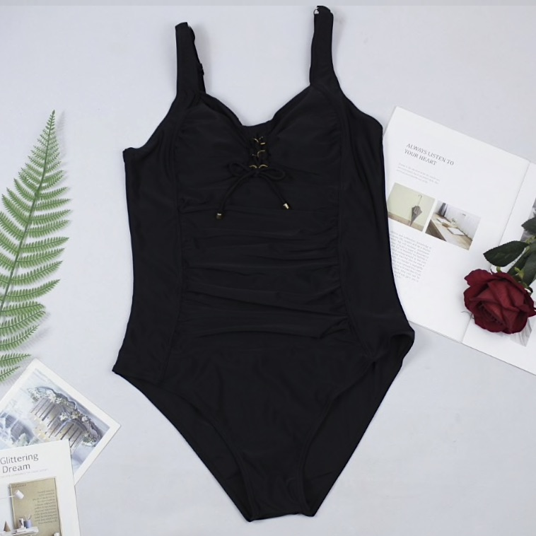 Forming swimsuit with Tummy Control